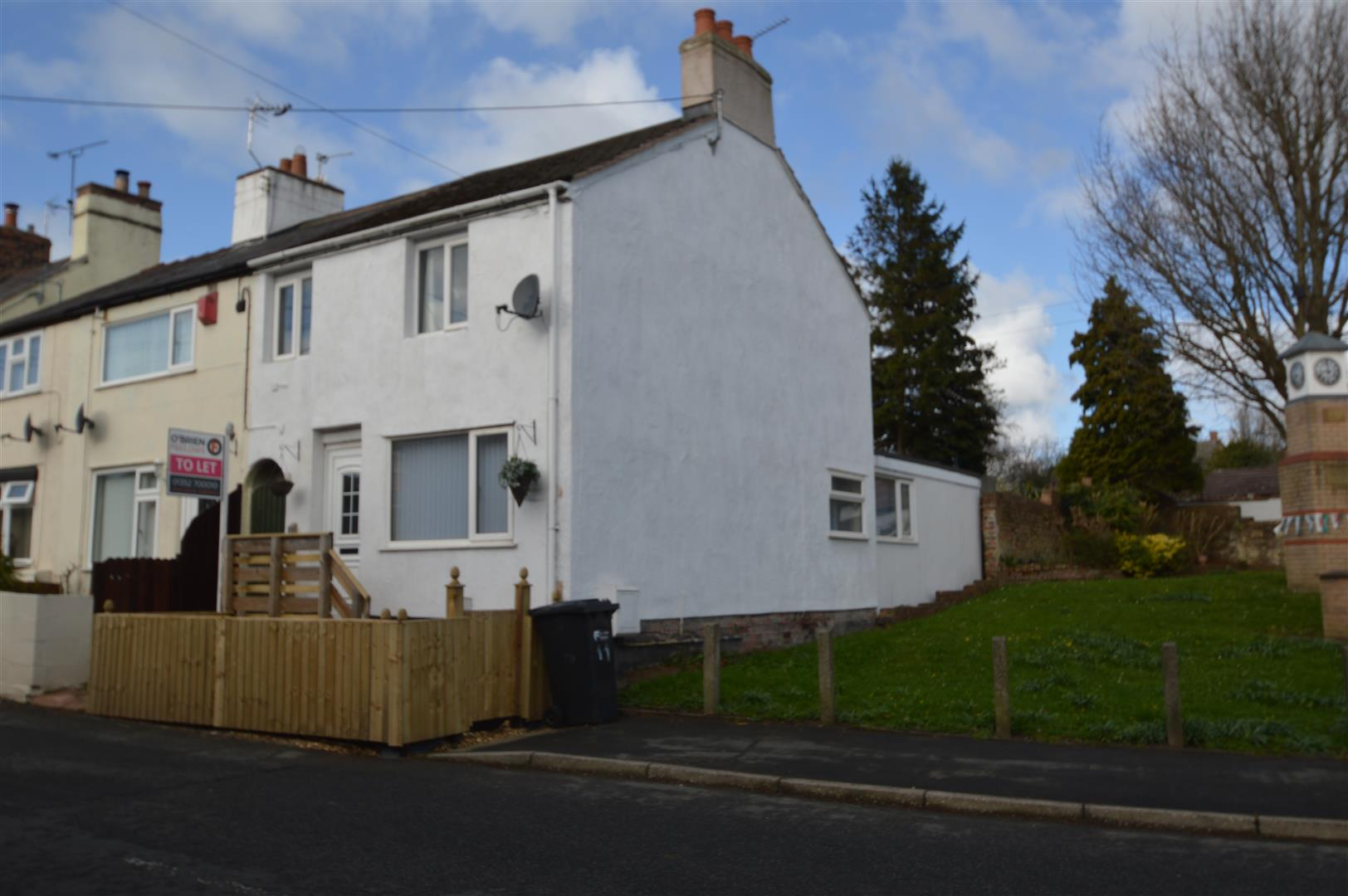 2 Bedroom Detached House, Eaton Place, Mold